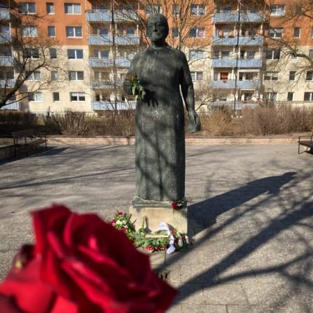 Gedenken am Clara-Zetkin-Denkmal 2021